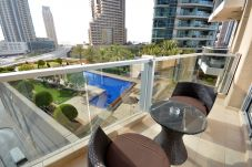 Apartamento en Dubai - Pool front 1br apt on the marina