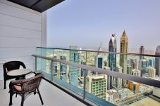 Apartamento en Dubai - Spacious 2BR with Dubai skyline view