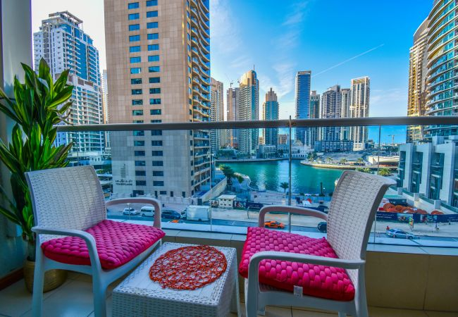 Apartment in Dubai - 2 BR Apartment with lovely Marina views