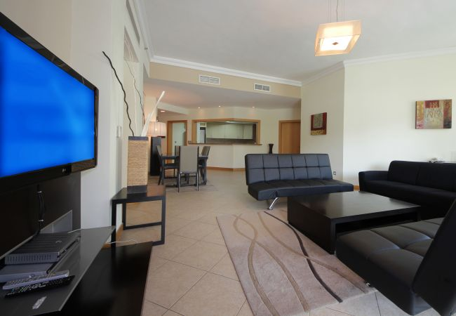 Apartment in Dubai - Huge 3 BR apartment on The Palm Jumeirah
