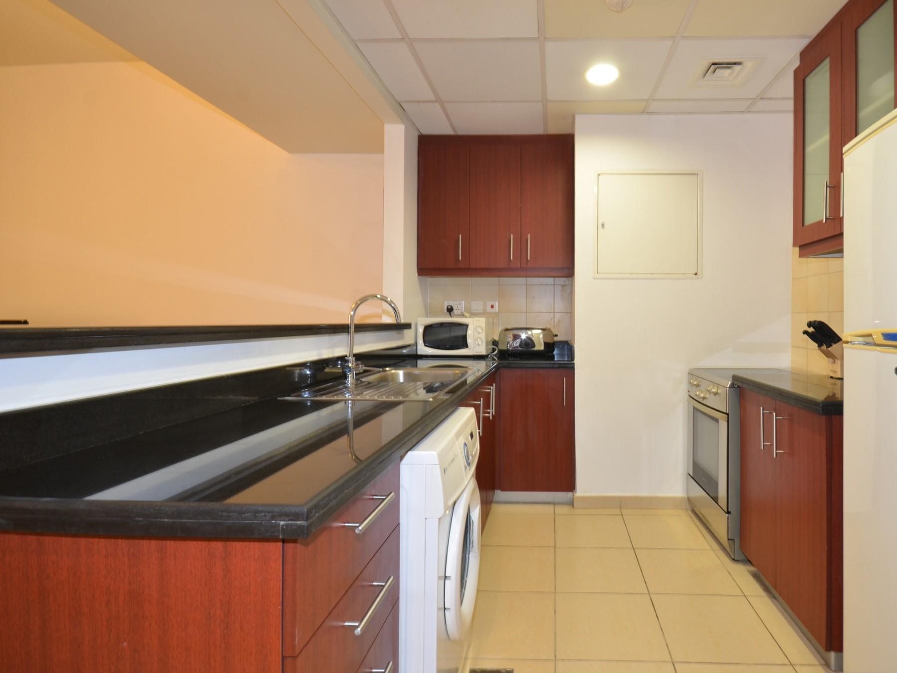 Beautiful Dubai Short Term Apartment by the JBR Walk ...