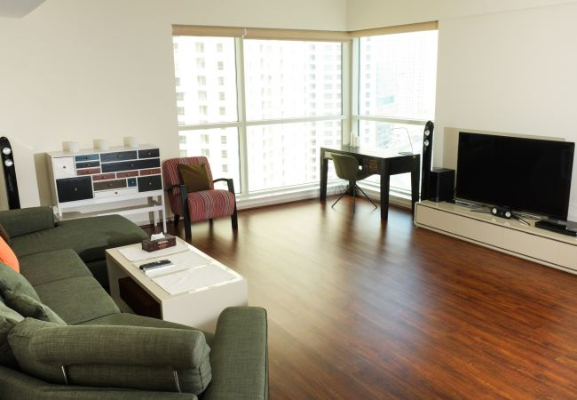 Apartment in Dubai - Breathtaking views modern decor in our Dubai Short Term Rental