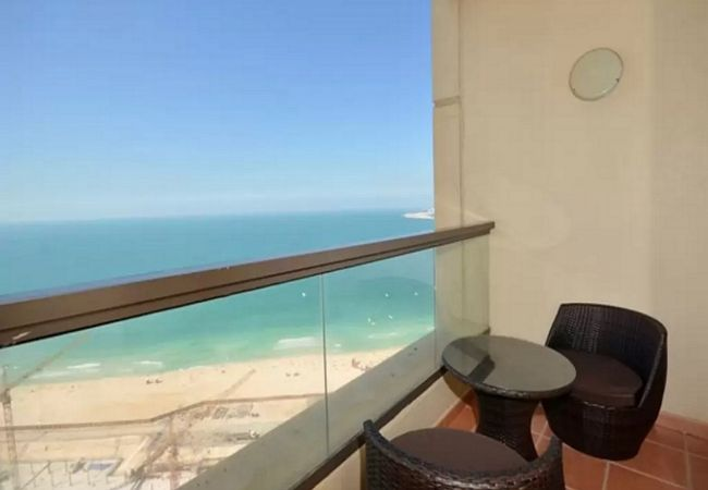 Apartment in Dubai - Big 2br with stunning beach views