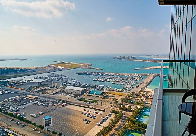 Apartment in Dubai - Open sea views at Dubai Marina 2br