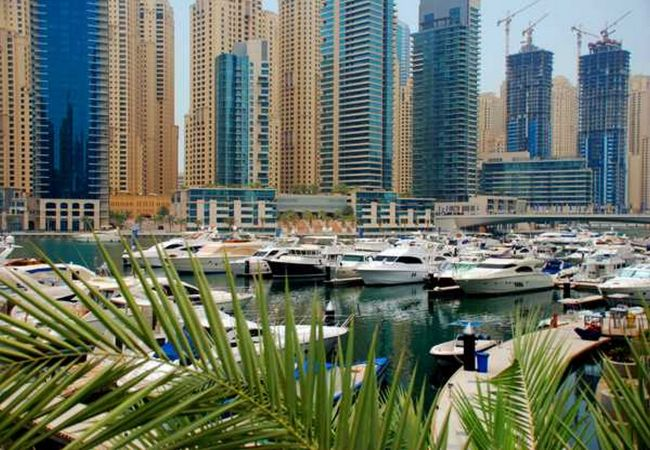Apartment in Dubai - Waterfront 1 Bedroom apartment in Westside Marina
