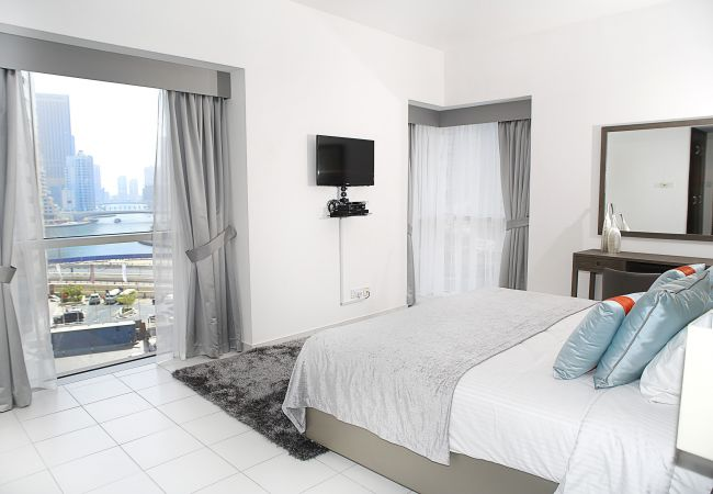 Apartment in Dubai - Wonderful 1br apt right on Marina