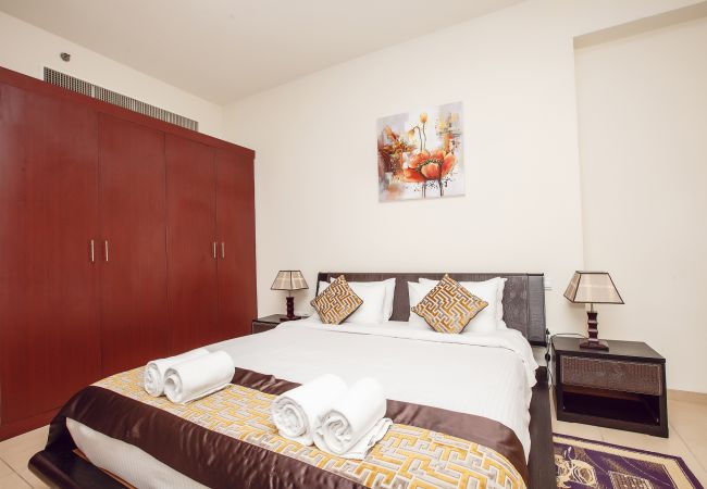 rent hometown holiday apartments in dubai