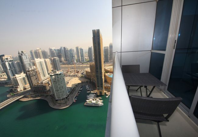 Marina views at Dubai Short Term Rental Apartments are impressive