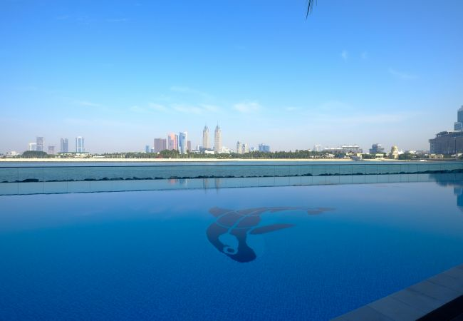 Apartment in Dubai - Awesome Sea view 1BR in Palm Jumeirah