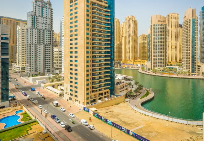 Apartment in Dubai - Brand new furniture, Great marina view!