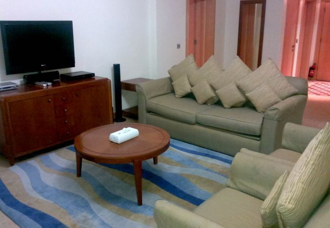 Apartment in Dubai - Shoreline 1BR (Time Share Units)