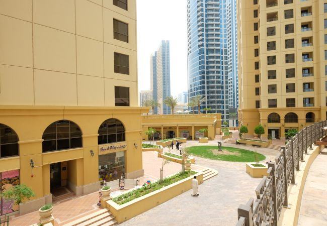 Apartment in Dubai - Incredible Sea View holiday rental 2BR on JBR
