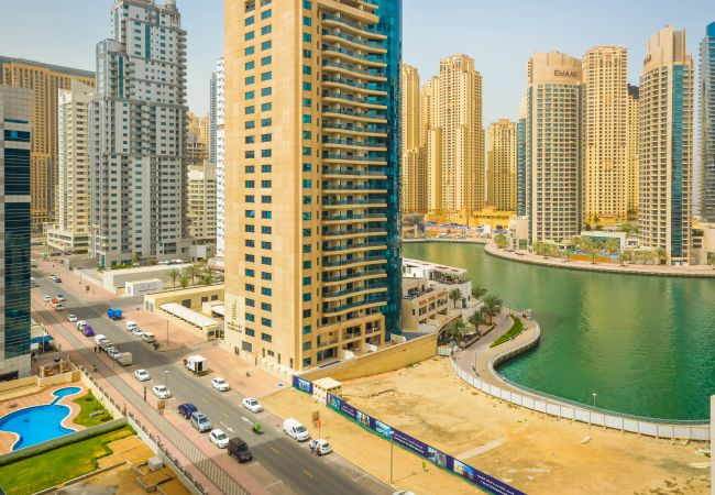 Apartment in Dubai - Brand new furniture, Great marina view!