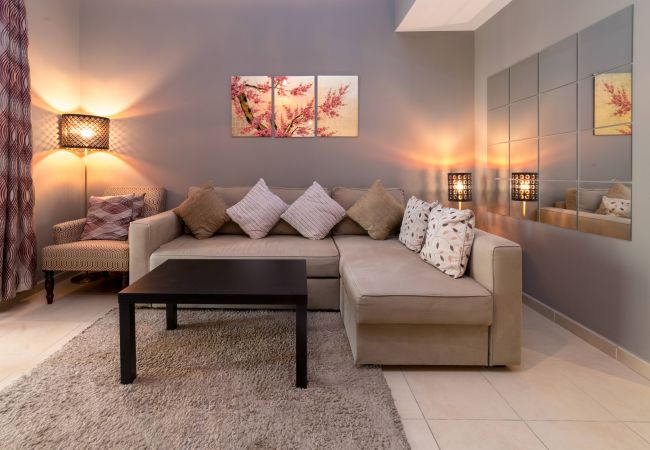 Apartment in Dubai - Relax in a short term rental apartment by the beach
