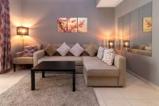 Apartment in Dubai - Relax in a short term rental apartment...