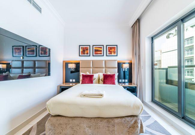 Apartment in Dubai - Bewildering 2BR Apt. in Business Bay