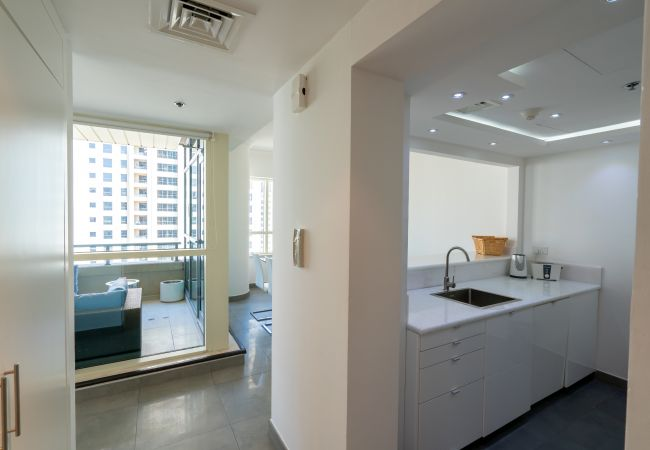 Apartment in Dubai - Cozy 2 Bedroom Apartment in prime location